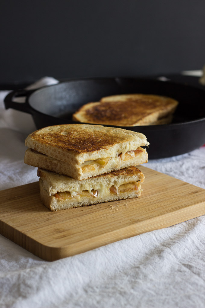Apple and Cheddar Grilled Cheese-5